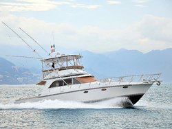 Deluxe 46' Yacht Charter